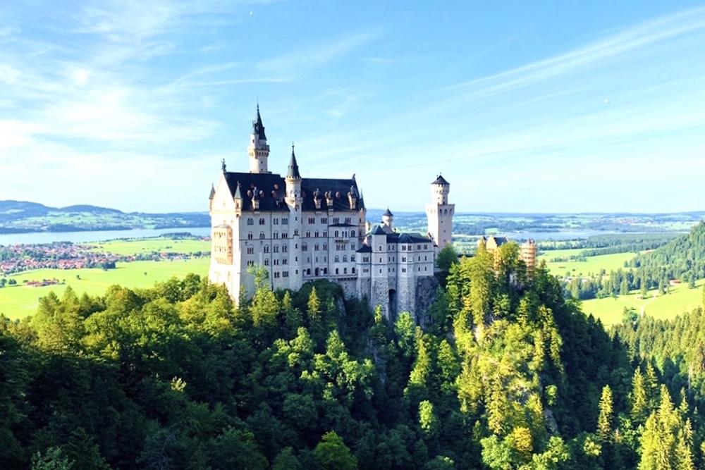 ドイツにあるノイシュバンシュタイン城